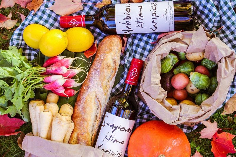 ピクニックの食材の写真