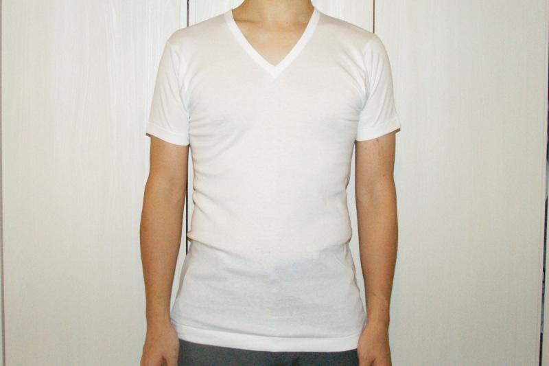 B.V.DのGOLDを着た171㎝68kg胸囲91㎝の男性